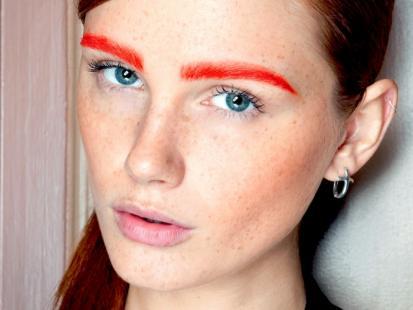 Makijaż-trendy 2012: Pomarańczowy akcent