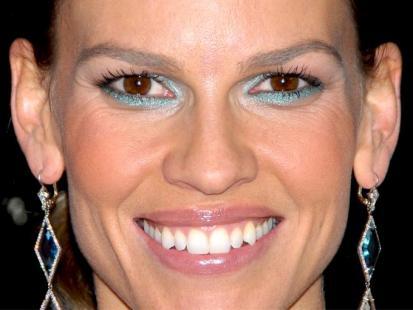 Makijażowa wpadka Hilary Swank