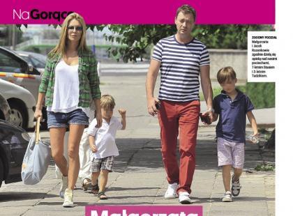 Małgorzata Rozenek z byłym mężem i synami na zakupach