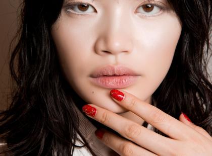 Mamy alternatywę dla hybrydy. To manicure winylowy!