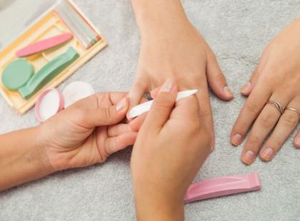 Manicure japoński - ostatnia deska ratunku dla słabych paznokci