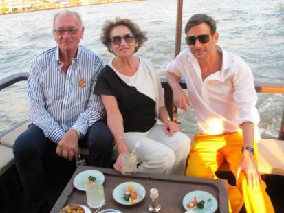 Marcin Tyszka zabrał rodziców na wakacje w Azji