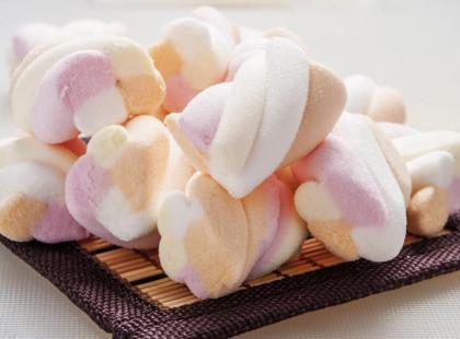 Marshmallow - słodkie pianki cukrowe