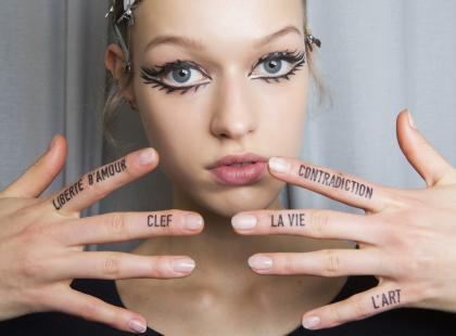 Masz białe plamki na paznokciach? Nie lekceważ ich!