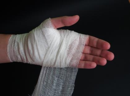 Materiał wygoi rany zainfekowane gronkowcem złocistym