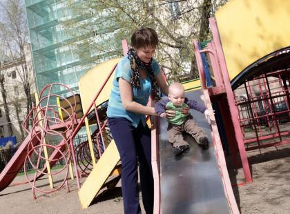 Matka apeluje: nie róbcie tak na placu zabaw, możecie poważnie skrzywdzić swoje dziecko!