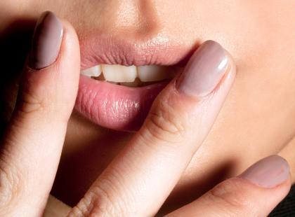 Mechaniczny manicure najnowszym trendem w stylizacji paznokci. Gwarantujemy, że tego jeszcze nie widziałaś