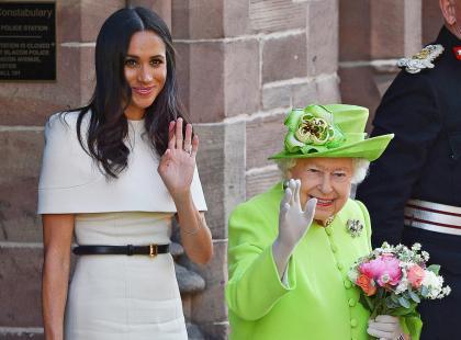 Meghan Markle w czasie pierwszego wyjścia z Elżbietą II została królową wpadek!?