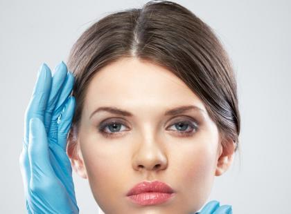 Mezoterapia – zabieg powstrzymujący łysienie i wypadanie włosów