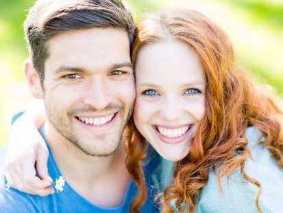 Mężowie pulchnych kobiet są szczęśliwsi i żyją dłużej. Zakakujące wyniki bada!