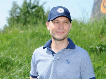 Michał Żebrowski jedzie z rodziną na wakacje