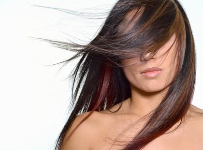 Mikrobąbelki ulgą dla zniszczonych włosów