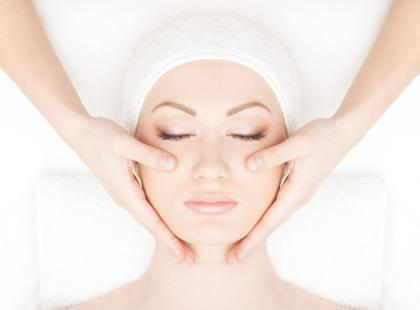 Mikronakłuwanie skóry – wskazania i działanie