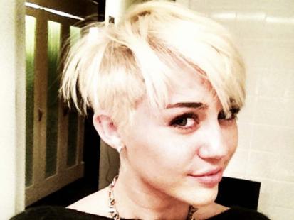 Miley Cyrus obcięła włosy!