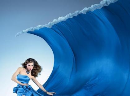 Milla Jovovich w kalendarzu Campari 2012