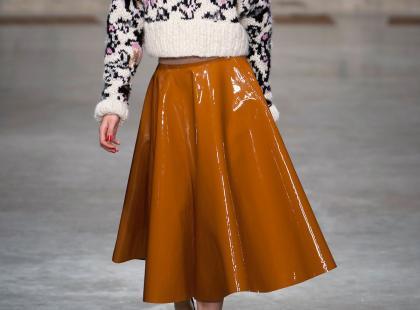 Mini czy midi? Zobacz, jaki model spódnicy z kolekcji Pull&Bear pasuje do ciebie najlepiej