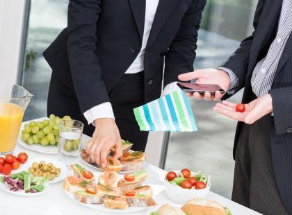 Miniporadnik: co jeść w pracy?