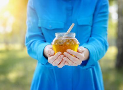 Miód nawłociowy dla kobiet – 3 ciekawe przepisy