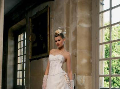 Miss Kelly - kolekcja francuskich sukien ślubnych