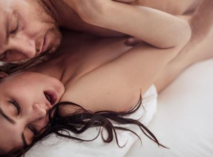 Mityczny guziczek rozkoszy: jak szukać punktu G i czy aby na pewno każda kobieta go ma?
