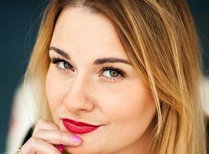 """""""Mnie się albo kocha, albo nienawidzi!"""", mówi Karolina Cwalina-Stępniak, coach i ambasadorka akcji #wpełnidlasiebie"""