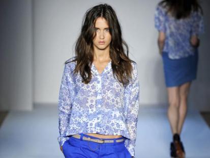 Moda na niebiesko