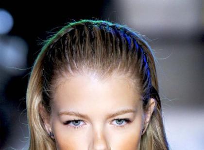 Modna fryzura: Wet look