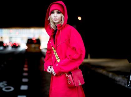 Modne kolory: ubrania i dodatki w kolorze ognistej czerwieni
