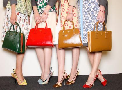 Modne torebki wiosna 2012 - ponad 200 modeli