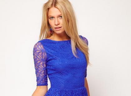 Modny kobalt i chaber - wieczorowe sukienki 2013
