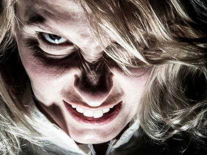 Może nim być twój szef, chłopak, siostra czy koleżanka… Jak rozpoznać psychopatę?