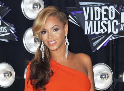 MTV Video Music Awards 2011 - makijaże i fryzury