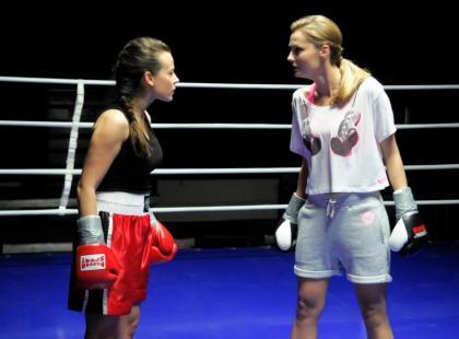 Mucha i Socha przeciwko sobie na ringu