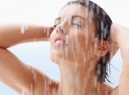 Mycie włosów - ciepła czy zimna woda
