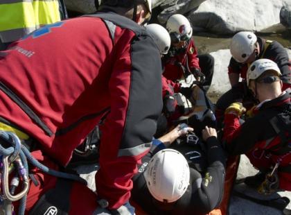 Na czym polegają outdoorowe kursy pierwszej pomocy?