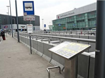 Na warszawskim Lotnisku Chopina stanęły wyjątkowe mapy dla niewidomych i niedowidzących!