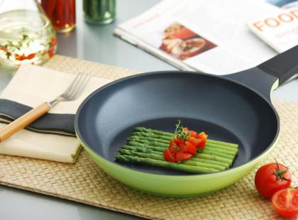 Naczynia z powłoką ceramiczną - przewodnik