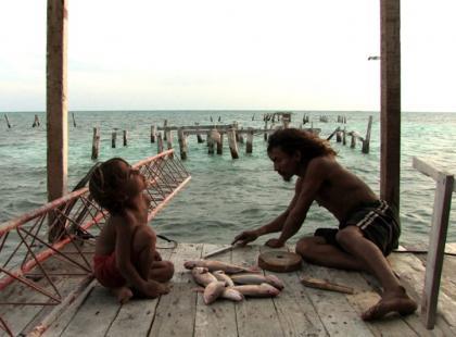 Nad morzem (reż. Pedro González-Rubio)