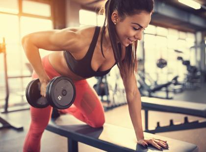 Najlepsze ćwiczenia na biceps, dzięki którym ekspresowo ujędrnisz ramiona!