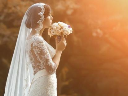 Najmodniejsze welony ślubne - trendy 2016