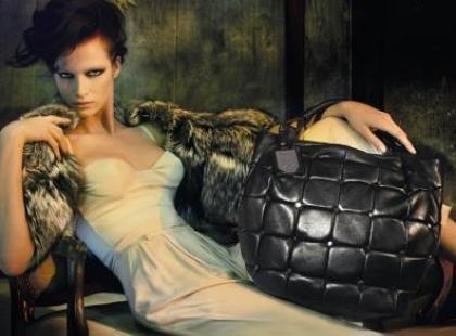 Najnowsza kolekcja butów i torebek Tosca Blu