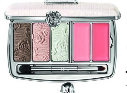 Najpiękniejsze palety do wiosennego makijażu