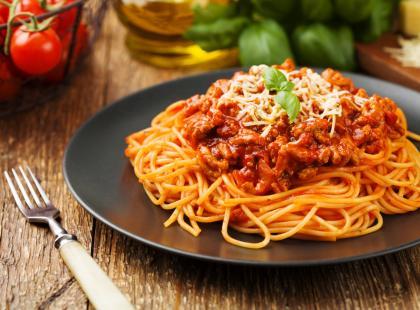 Najpopularniejsze przepisy na spaghetti - musisz je znać!