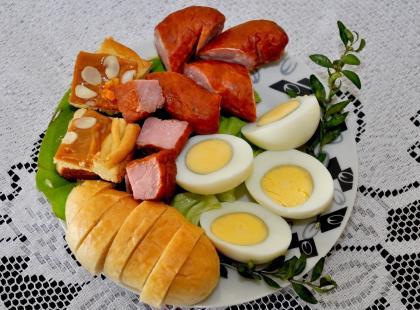 Najważniejsze potrawy wielkanocne w Polsce – czego nie może zabraknąć na stole?
