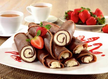 Naleśniki czekoladowe z jagodami - przepis