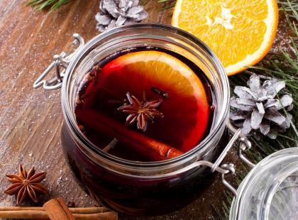 Napoje na gorąco i zimno z owocami