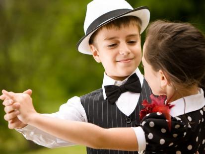 Nauka przez zabawę – 8 niebanalnych sposobów na edukację twojego dziecka