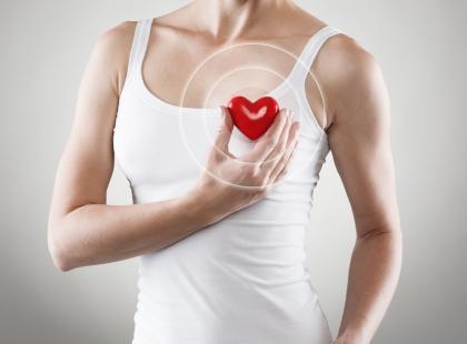 Naukowcy odkryli, że największe ryzyko udaru i zawału serca występuje w styczniu. Wiemy dlaczego!