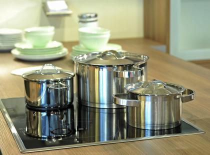 Nie każda kuchenka elektryczna zużywa dużo energii. Znamy modele energooszczędne