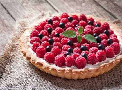 Nie masz pomysłu na ciasto owocowe? 10 pysznych ciast z malinami!
